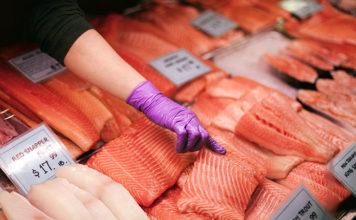 Na co koniecznie trzeba zwrócić uwagę podczas kupowania ryb?
