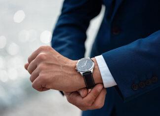 Nowoczesny zegarek Edifice – męski dodatek na każdą okazję